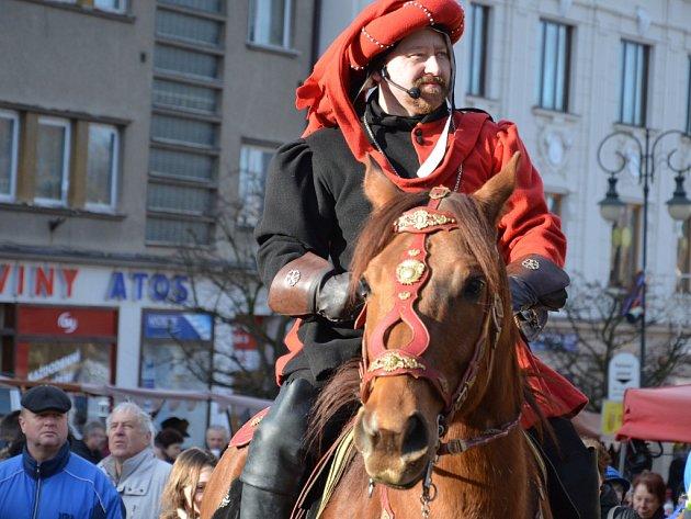 Sedmnáctý vánoční jarmark se v pátek konal v Boskovicích. Pokračuje také v sobotu.