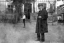 Jindřich Wankel byl ve své době nejuznávanějším archeologem. Jezdil na konference do zahraničí.