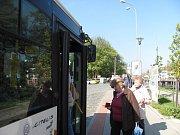 Přesunem zastávek začala přestavba autobusového nádraží v Blansku.