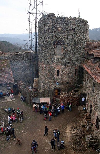 Nový hrad uAdamova.