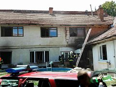 V Lysicích hořelo v rodinném domě.