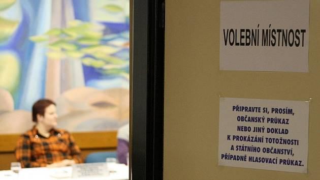Z prezidentských voleb v Adamově.