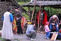 Zakončení sezony v keltské vesnici Isarno.