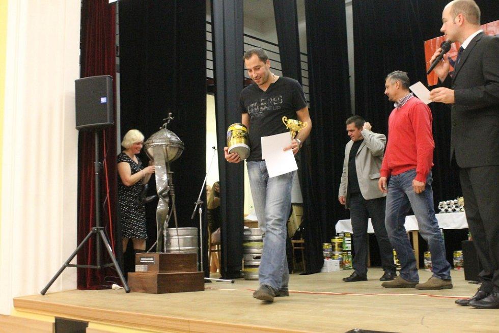 Malá kopaná Blansko zakončila sezonu slavnostním Galavečerem v rájecké sokolovně.