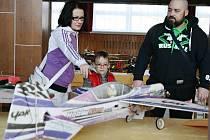 Vysočanští uspořádali výstavu dálkově řízených modelů. K vidění bylo několik desítek strojů.