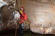 Radovan Mezera působí už téměř deset let jako dobrovolný strážce ochrany přírody v Moravském krasu.