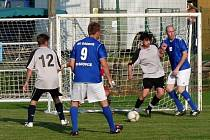 Fotbalisté Sadrosu Boskovice porazili v pohárovém utkání tým Rozhraní a postupují do finále.