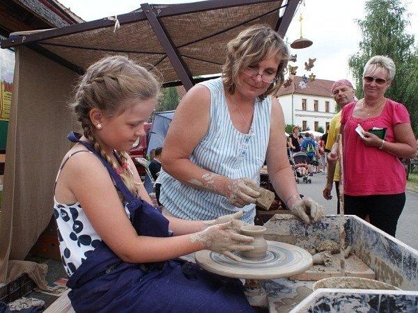 Třetí řemeslný jarmark v Horním Smržově.