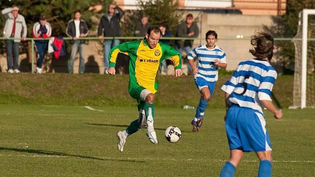 Ve dvanácti kolech dalo Ráječko bídných sedm branek. S rezervou Znojma dostalo gól už v první minutě a nakonec prohrálo 0:2.