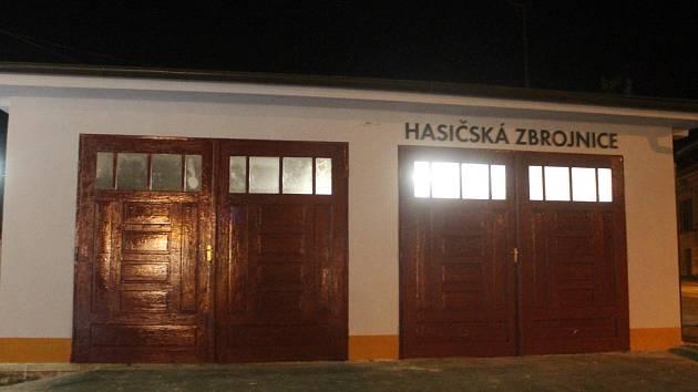 Hasičská zbrojnice v Drnovicích.