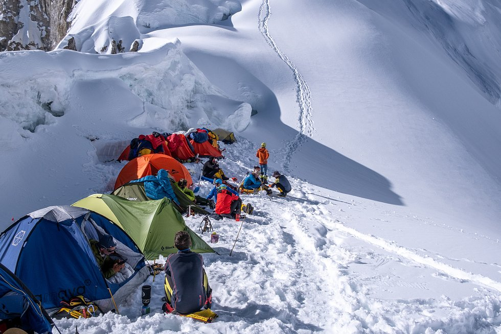 Filip Vítek z Kunic na Blanensku vyrazil s výpravou brněnského Expedičního klubu do pákistánského pohoří Karakoram. Tři z členů výpravy zdolali osmitisícovku K4. Vítek vzdal 155 metrů pod vrcholem.