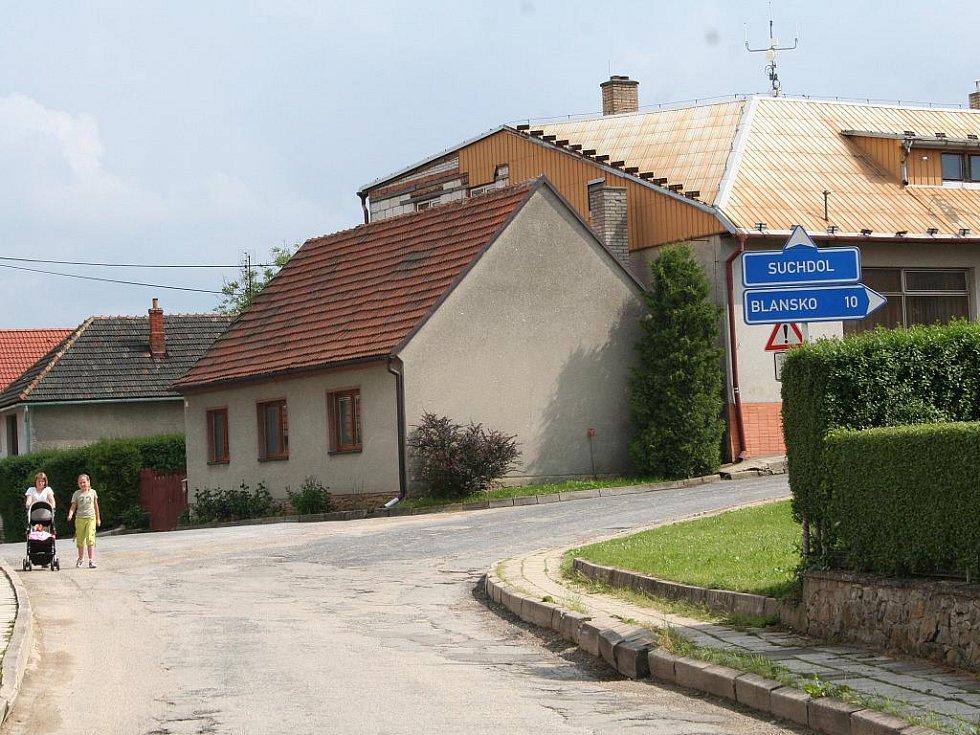 Vavřinec získal v krajském kole soutěže Zlatou stuhu a pyšní se titulem Vesnice Jihomoravského kraje roku 2011.