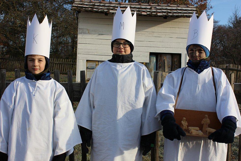 Tradiční vánoční zvyky si užili lidé ve skanzenu ve Strážnici.