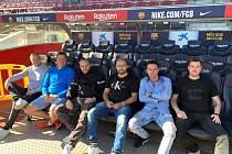 Blanenští fotbaloví fanoušci na zápase Ligy mistrů FC Barcelona - Slavia Praha.