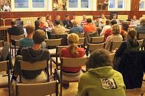 Boskovičtí v tamní sokolovně debatovali o stavbě sportovní haly v ulici Slovákova.