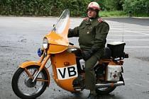Preventivní akce motorkářů ve Sloupu Nežij vteřinou.