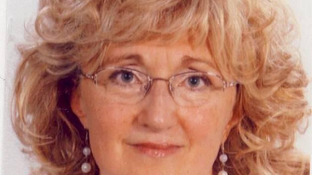 pětapadesátiletá žena, která spadla do Macochy.