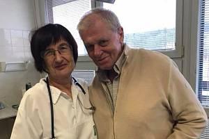 Jazzman Laďa Kerndl se zotavuje z těžkého zápalu plic. Musel se omluvit z několik koncertů a posunul také dokončení nového cédéčka.