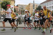 Běžci startují ve třetí Blanenské etapě Moravského ultramaratonu.