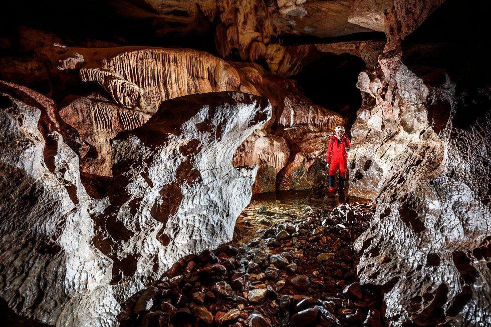Cerjanská jeskyně v Srbsku.