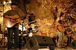 Koncert folkové skupiny Kamelot v Císařské jeskyni