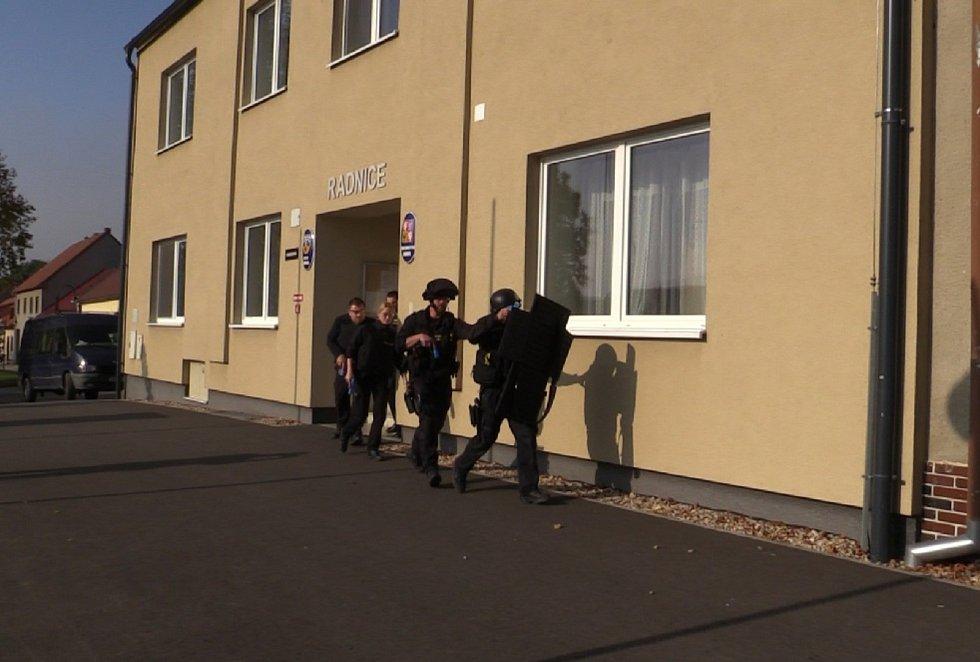 Policisté cvičili zásah proti střelci.