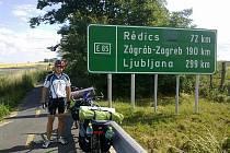 Cyklisti Michael Dubský a David Formánek na cestě do chorvatského Pelješacu.