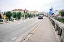 Od pondělí začnou silničáři opravovat most v centru Břeclavi. Provoz změní značení.