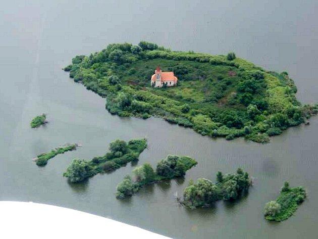 Letecký snímek Mušova.