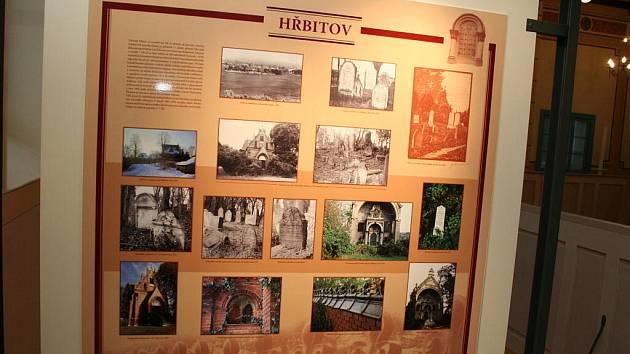 Břeclavské muzeum připravilo v tamní synagoze stálou výstavu věnovanou židovství v Břeclavi a blízkém okolí.