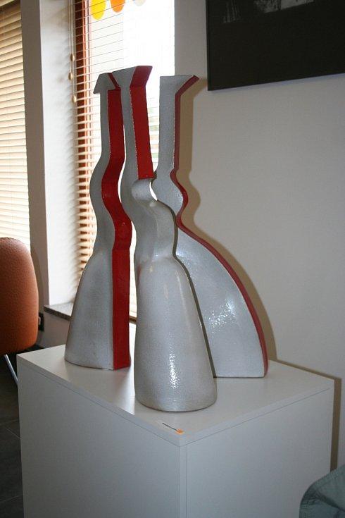 Tři grácie pokaždé jinak. Valtická galerie Reistna zve na nevšední výstavu.