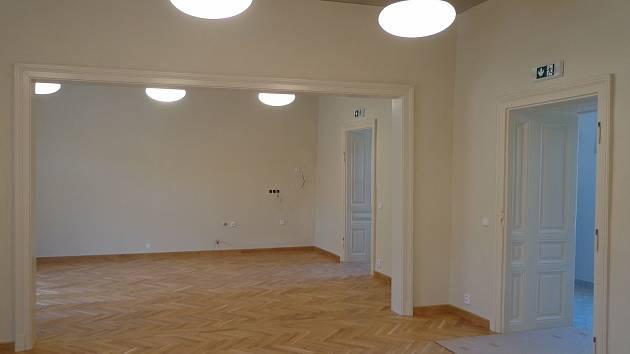 Nové komunitní centrum v Pohořelicích je těsně před otevřením.