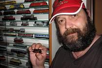 Ivan Ryšavý z Hustopečí žije pro modely vlaků. Doma jich má téměř tisícovku.