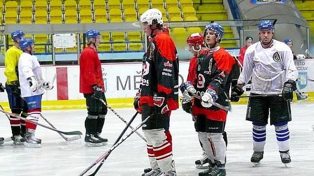 Trénink břeclavských hokejistů.