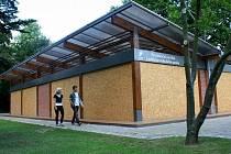 Prezentační pavilon Lednicko-valtického areálu v břeclavském městském parku.