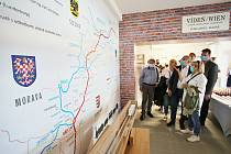 Na břeclavském nádraží nově otevřeli Muzeum železnice.