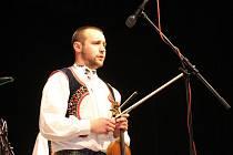 Hudecké dny se dočkaly svého 31. ročníku. V sále Na Obecní ve Staré Břeclavi se na podiu vystřídaly různé folklorní soubory z celé republiky i ze Slovenska.