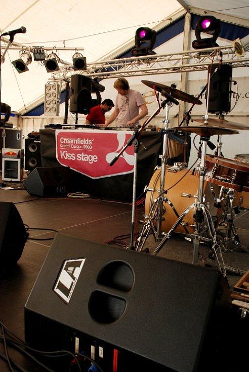 Creamfields: WarmUp