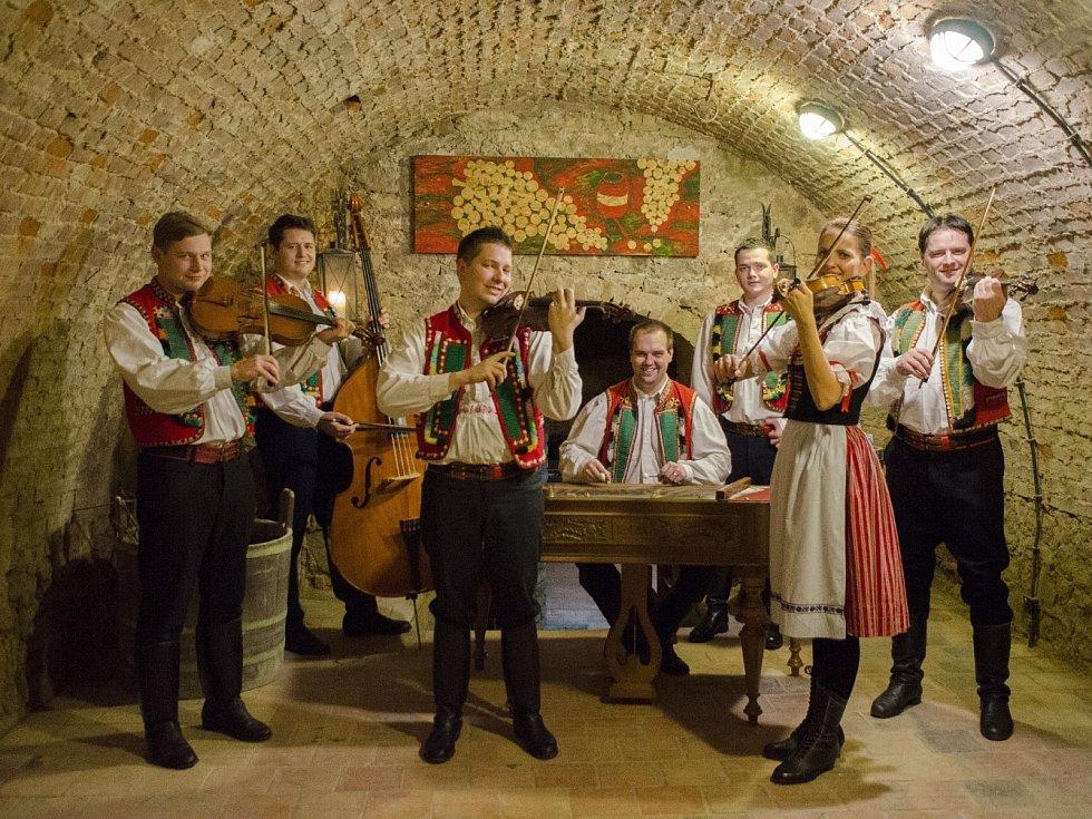Cimbálová muzika Primáš z Boleradic.