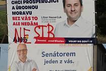 Koláž dvou volebních billboardů Libora Nazarčuka a Richarda Zemánka.