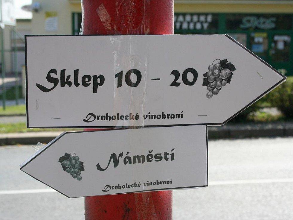 Vinobraní v Drnholci nabídlo bohatý program.