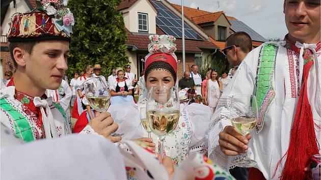 Valtické vinobraní láká i na folklor.