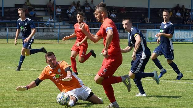 Břeclavští fotbalisté vybojovali cenný bod s juniorkou Zbrojovky Brno.