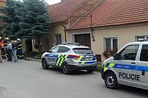 Policejní zásahová jednotka měla práci ve čtvrtek v Kobylí. Muž se zabarikádoval v domě a vyhrožoval střelnou zbraní.