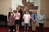Žáci ZUŠ Velké Bílovice zvou na Vánoční koncert