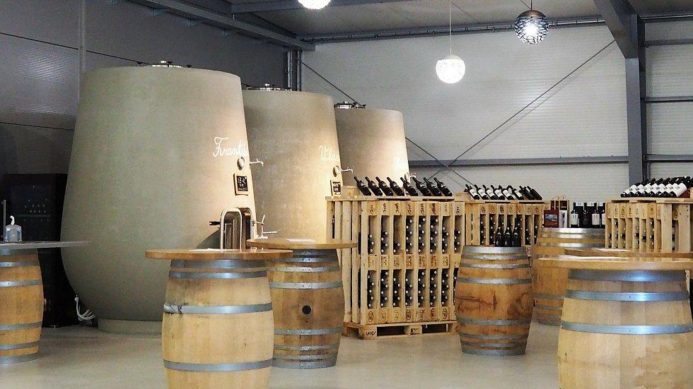 Již před pěti lety si betonové nádoby pořídili také do velkobílovického vinařství Malý vinař.
