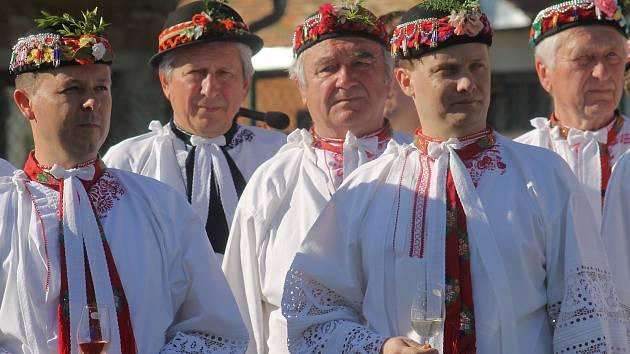 Mužské sbory na setkání v Hruškách v roce 2016.