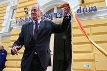 Lichtenštejnský dům v Břeclavi otevřel v pátek patnáctého května člen knížecí rodiny z Vaduzu – princ Wolfgang z Liechtensteinu.