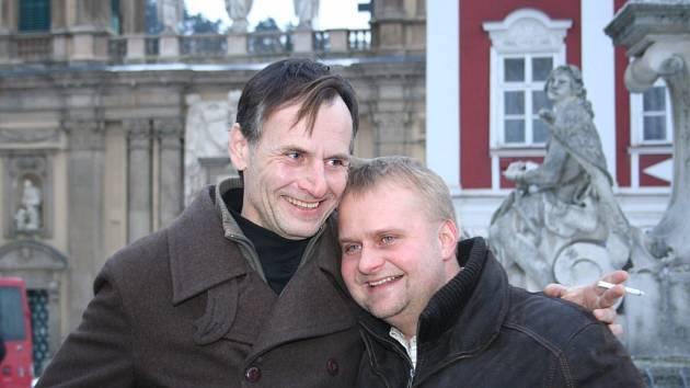 Herec Marian Roden (vlevo) s producentem filmu Tomášem Vicanem.