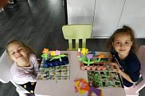 Výuku na dálku si od začáku března vyzkoušely i děti z rakvické mateřské školy.